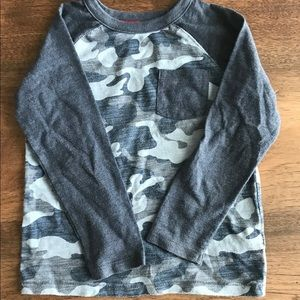 Old navy 4T blue camo long sleeve shirt